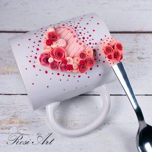 """Декорирани чаша и лъжичка """"Сърце от рози"""""""
