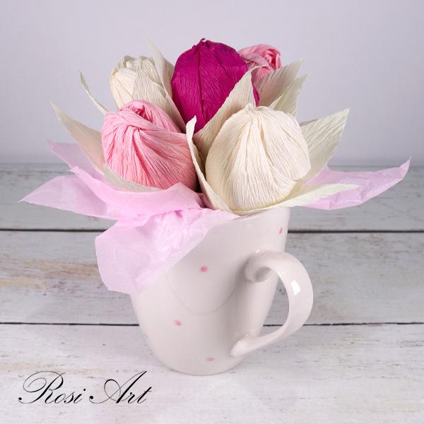букет от бонбони розови лалета