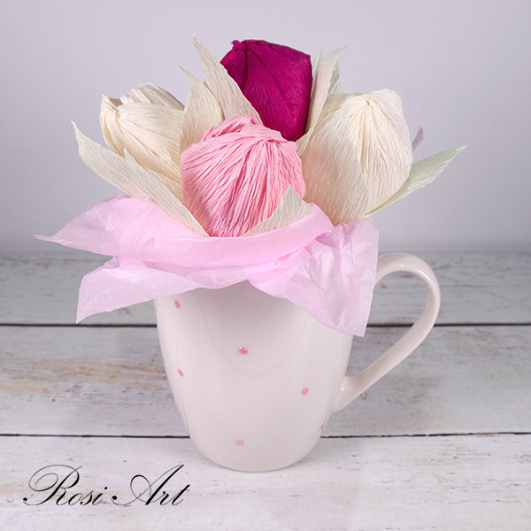 букет-от-бонбони-розови-лалета 3