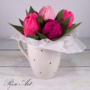 букет от бонбони розови-лилави лалета