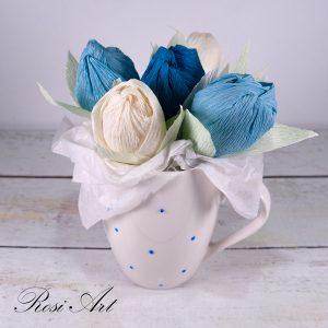 букет-от-бонбони-сини-лалета 2