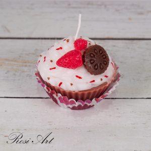 свещ-мъфин-със-ягодка-и-бисквитка