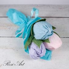 Букет от бонбони сини лалета