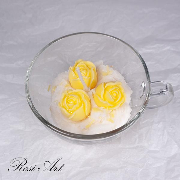 Свещ жълти розички